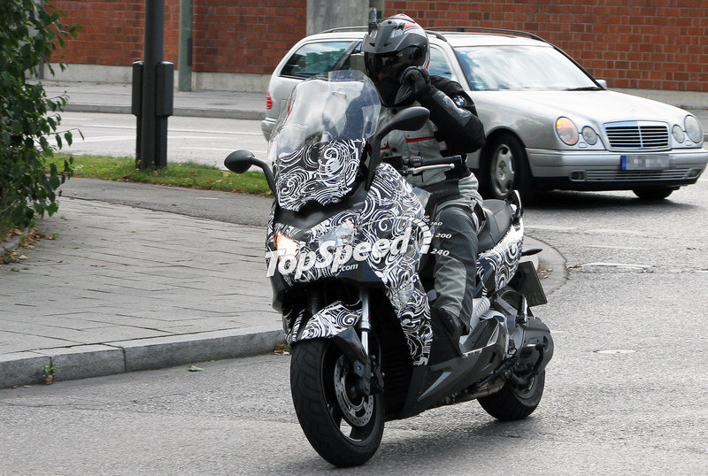 BMW Scooter Spied Testing