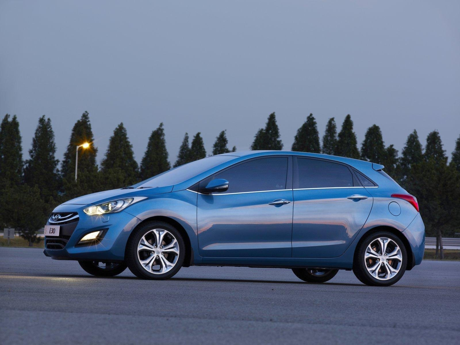 2012 hyundai i30 elantra touring picture 417727 car review top speed. Black Bedroom Furniture Sets. Home Design Ideas