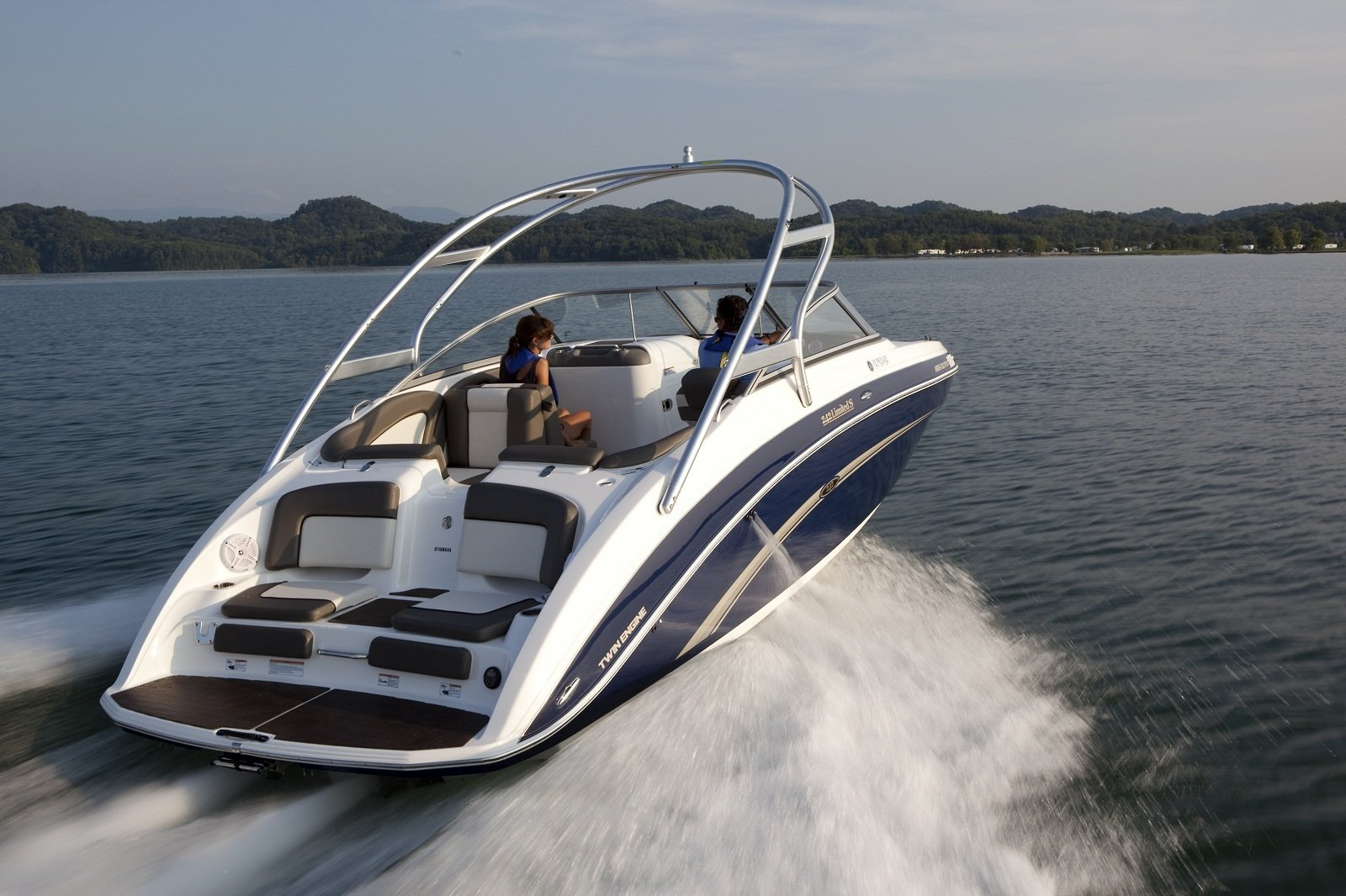 2011 yamaha 242 limited s picture 420810 boat review