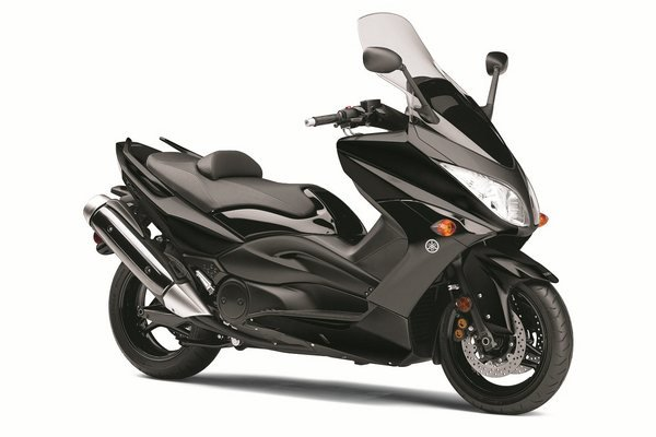 Yamaha Electric Motorcycle >> 2011 Yamaha TMax | motorcycle review @ Top Speed