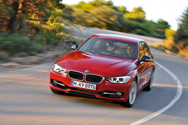 2013 bmw 335i m performance edition car review top speed. Black Bedroom Furniture Sets. Home Design Ideas