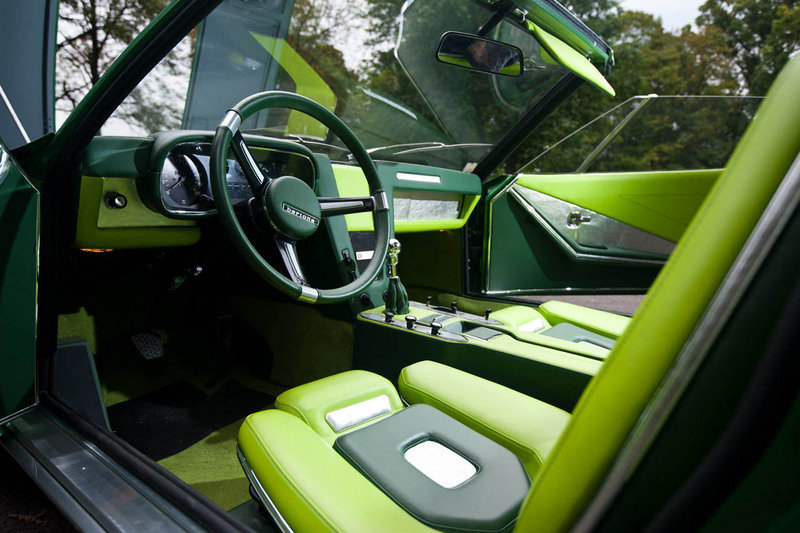 1969 BMW Spicup Convertible Coupe Interior - image 419640