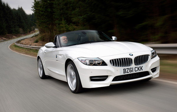 2011 BMW Z4 sDrive20i and sDrive28i - Top Speed