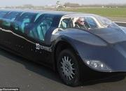 "World's first ""super bus"" can hit 155 mph - image 419616"