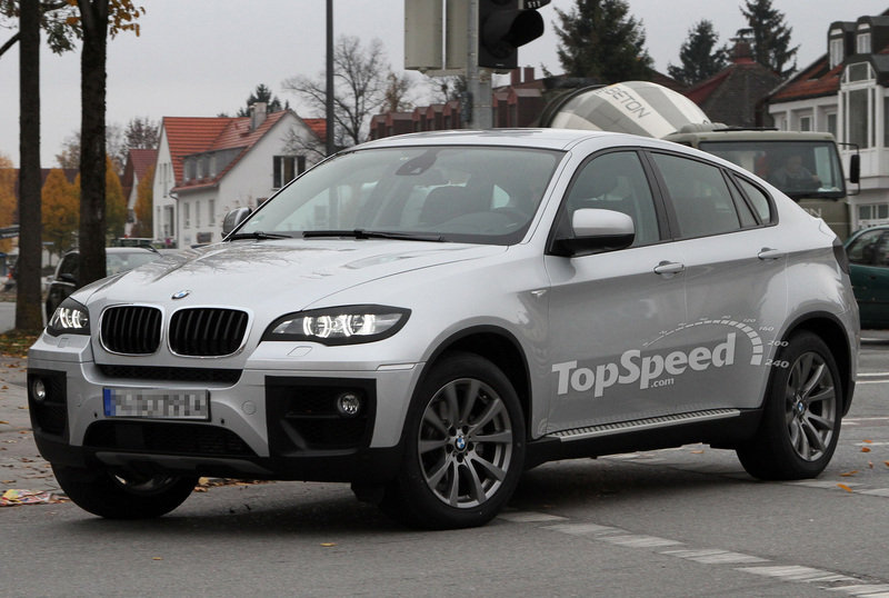 Spy Shots: 2012 BMW X6 shows more of its Facelift