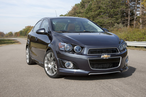 2012 Chevrolet Sonic Dusk | car review @ Top Speed
