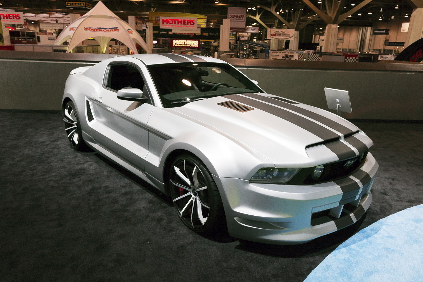 2012 ford mustang 5 0 gt by forgiato wheels picture. Black Bedroom Furniture Sets. Home Design Ideas