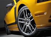 2013 Ford Mustang Boss 302 - image 426028