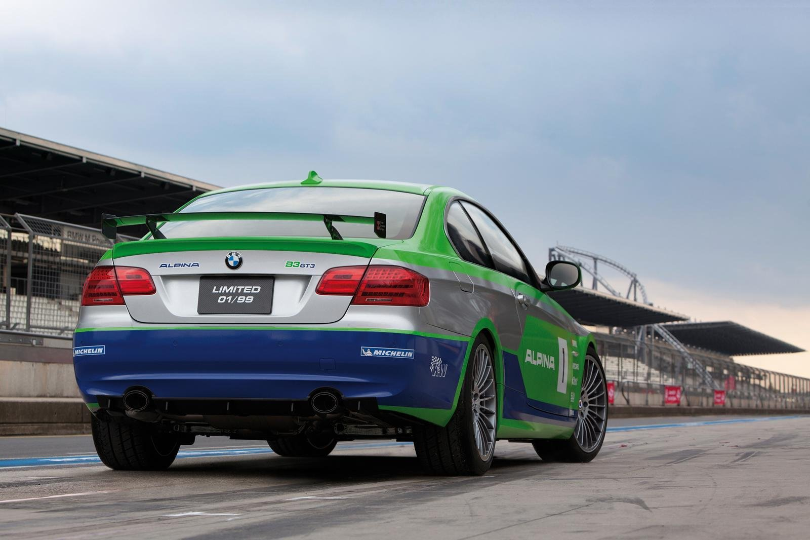 http://pictures.topspeed.com/IMG/crop/201111/bmw-b3-gt3-by-alpina_1600x0w.jpg