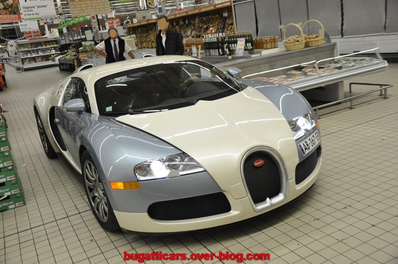 Top Fastest Cars >> Bugatti Veyron On Display Inside A Supermarket! News - Top Speed