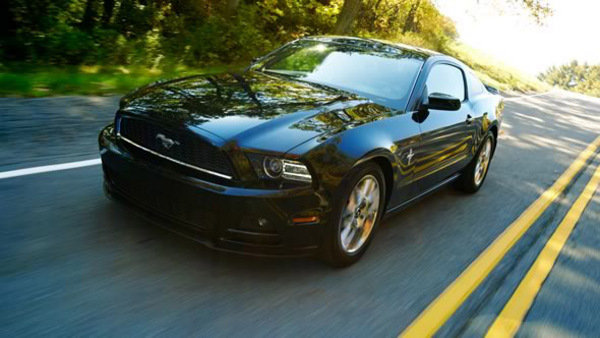 ford mustang v6 pony package picture