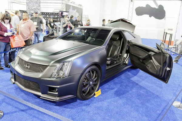 justin bieber 39 s cadillac cts v coupe batmobile to be featured in finale of inside west coast. Black Bedroom Furniture Sets. Home Design Ideas