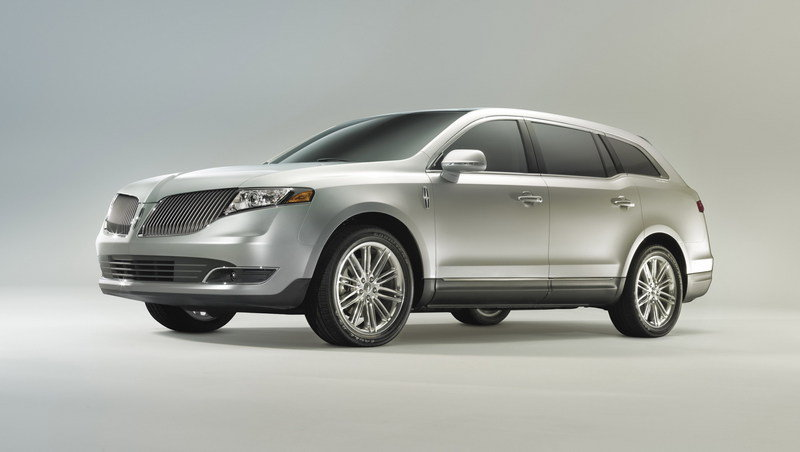 2013 Lincoln MKT High Resolution Exterior - image 426727