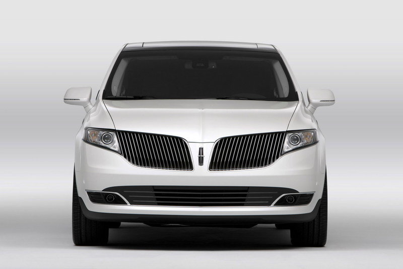 2013 Lincoln MKT High Resolution Exterior - image 426729