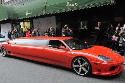 Ferrari 360 Modena limousine - the perfect ride for Santa