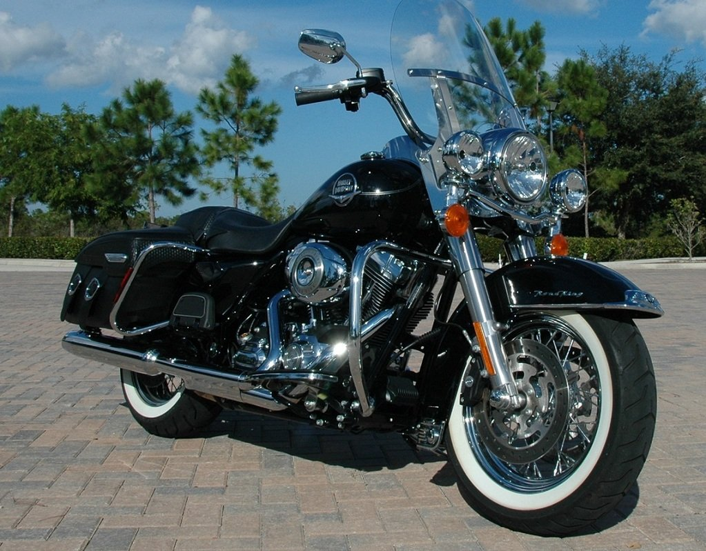 2012 harley davidson flhrc road king classic picture 433321 motorcycle review top speed. Black Bedroom Furniture Sets. Home Design Ideas