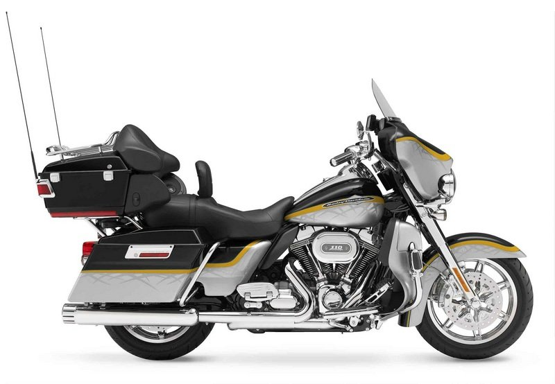 2012 Harley-Davidson CVO Ultra Classic Electra Glide High Resolution Exterior - image 434058