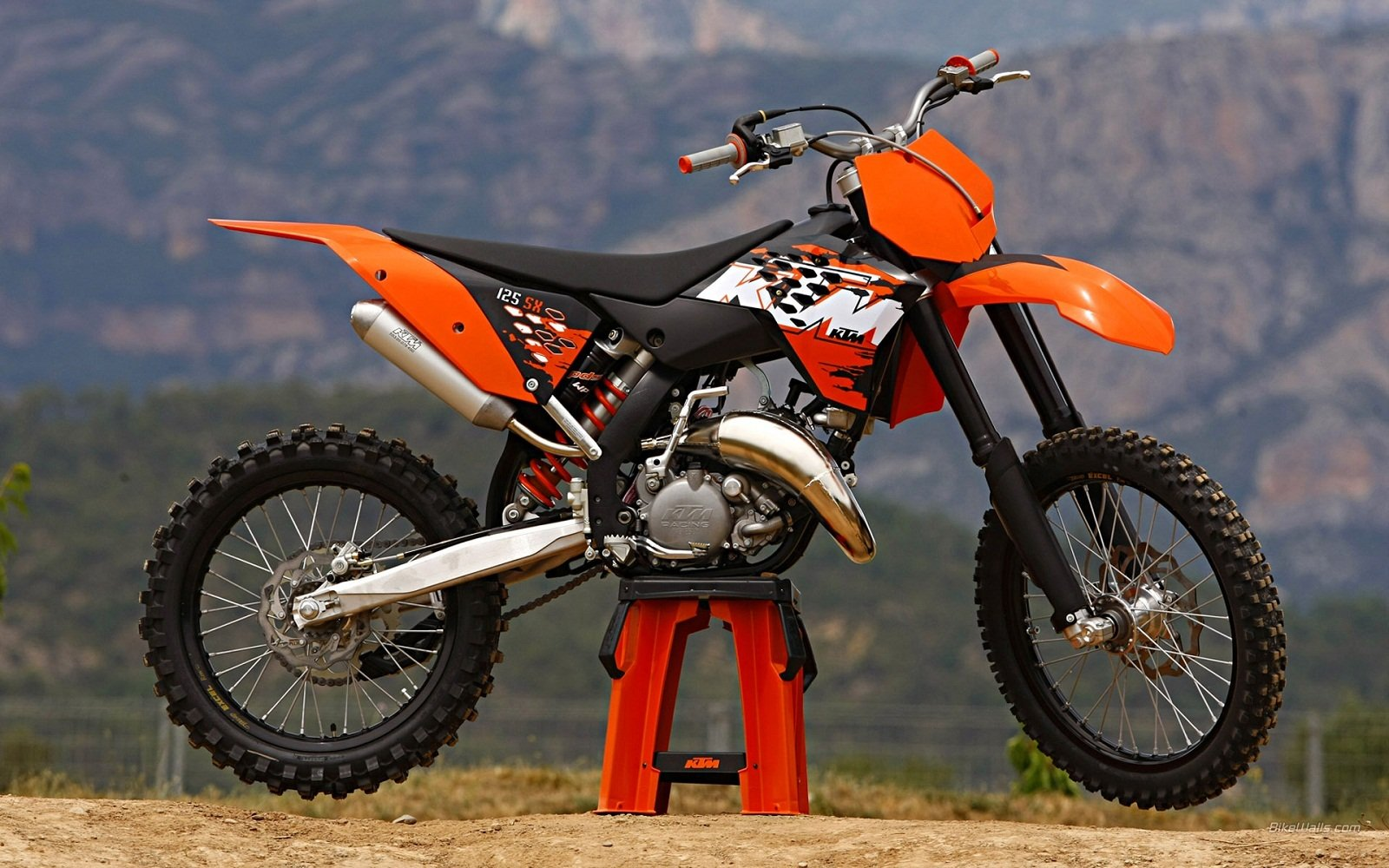 2012 ktm 125 sx review top speed. Black Bedroom Furniture Sets. Home Design Ideas