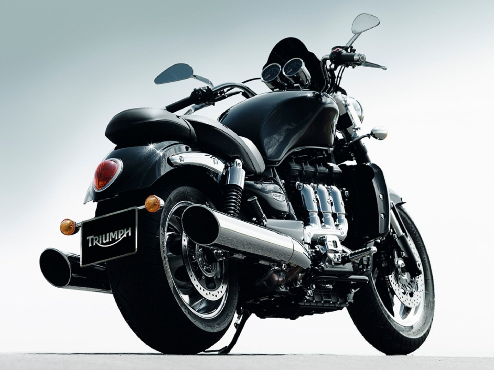 triumph rocket iii motorcycle - photo #2