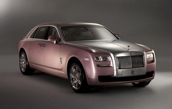 rolls royce ghost matte black and rose quartz picture