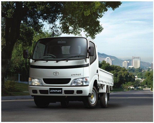 Toyota Diesel Truck >> 2006 Toyota Dyna Review - Top Speed