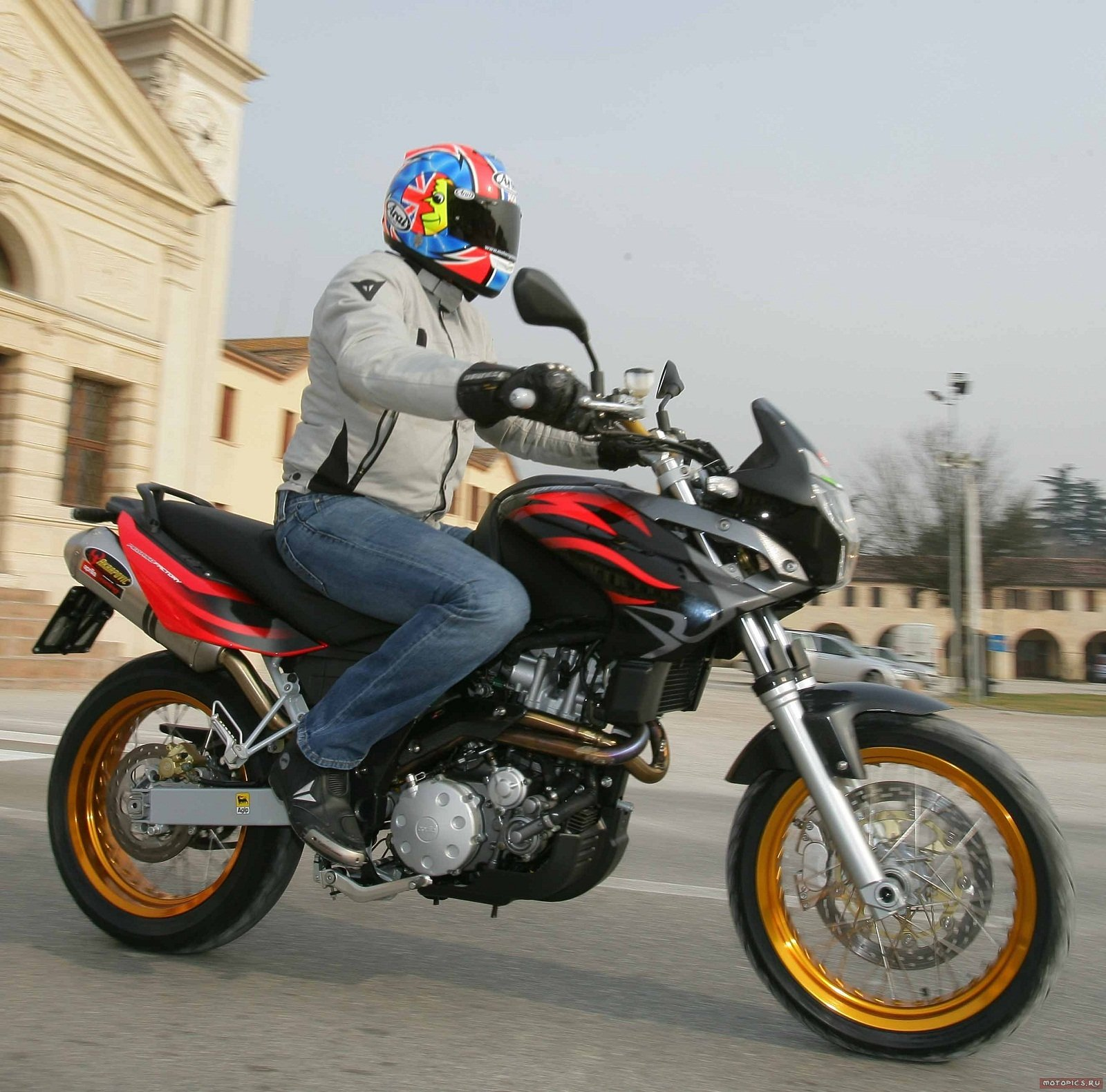 2012 aprilia pegaso 650 factory picture 438409 motorcycle review top speed. Black Bedroom Furniture Sets. Home Design Ideas