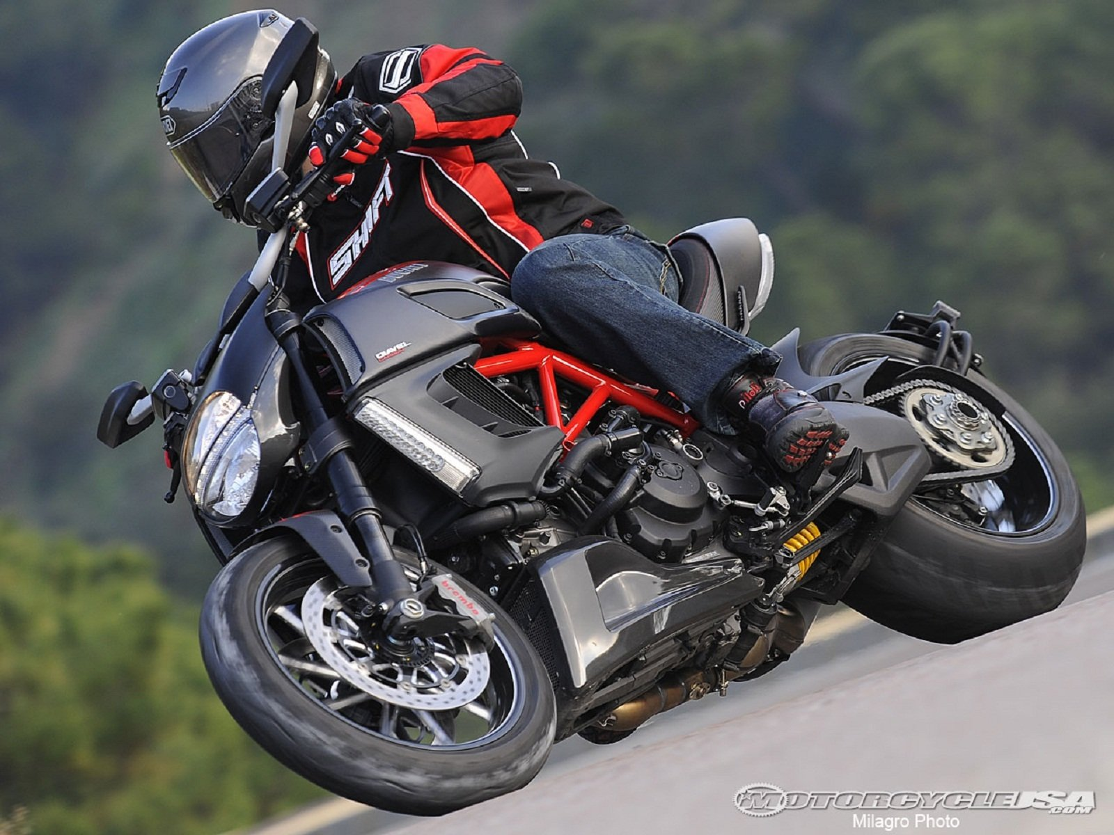 2012 ducati diavel picture 439406 motorcycle review top speed. Black Bedroom Furniture Sets. Home Design Ideas