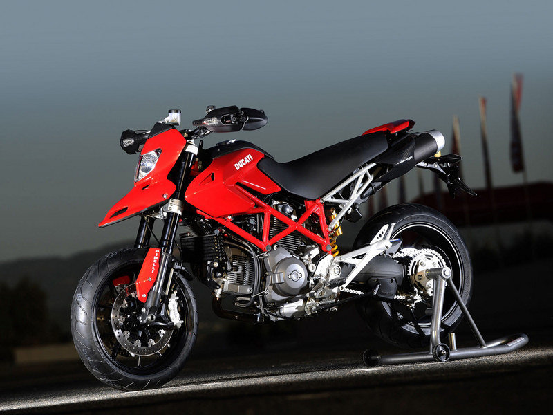 2012 Ducati Hypermotard 1100 EVO High Resolution Exterior Wallpaper quality - image 439741