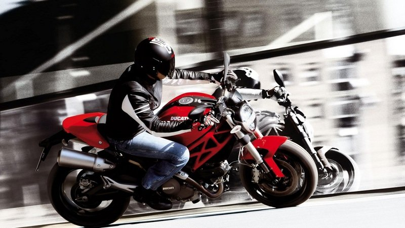 2012 Ducati Monster 696 High Resolution Exterior - image 440208