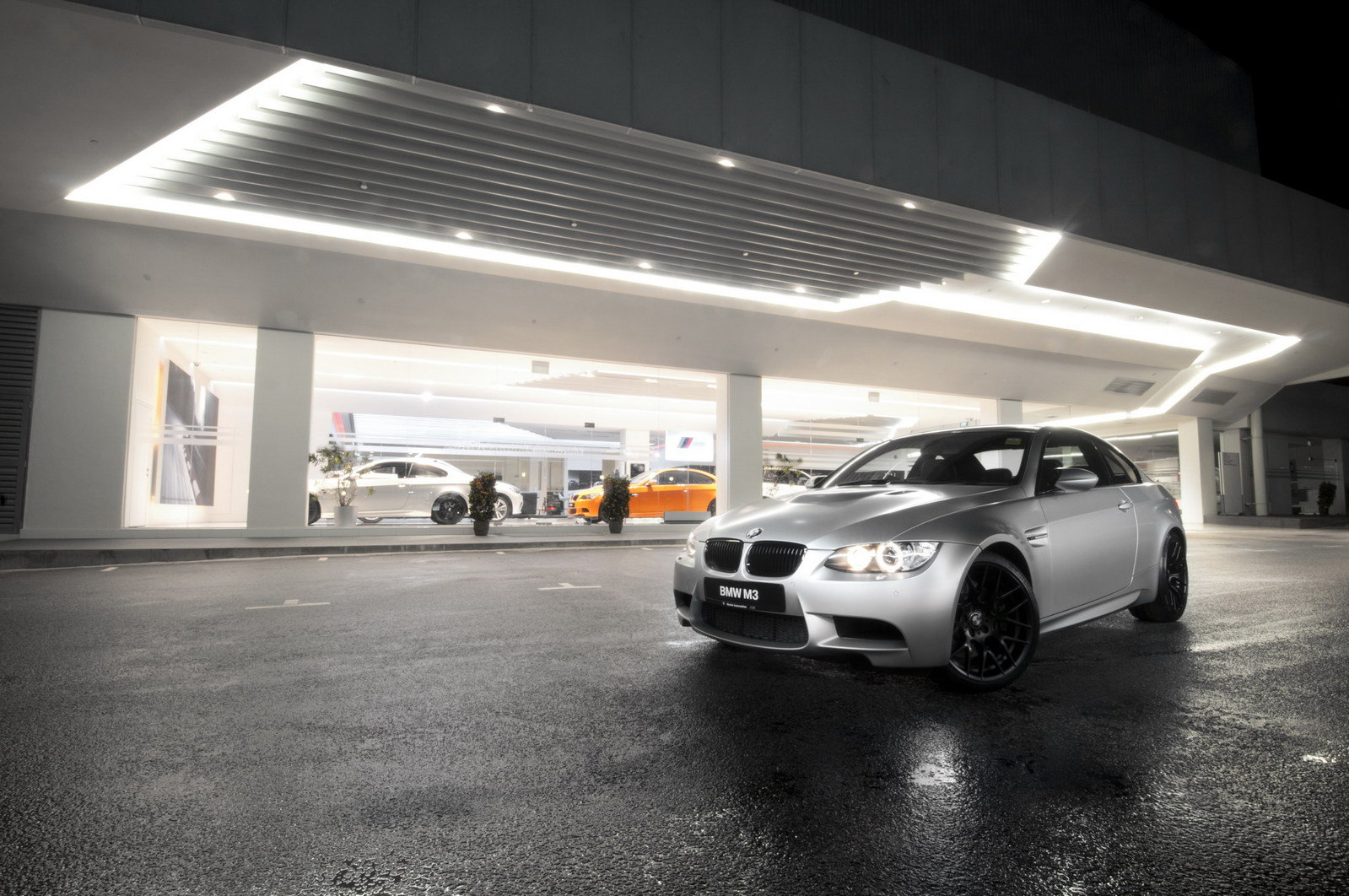http://pictures.topspeed.com/IMG/crop/201202/bmw-m3-coupe-competi_1600x0w.jpg