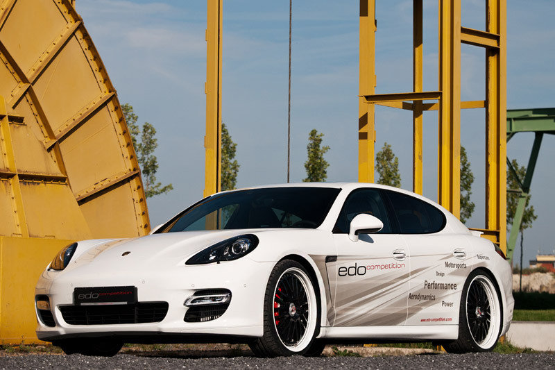 2012 Porsche Panamera Turbo S by Edo competition