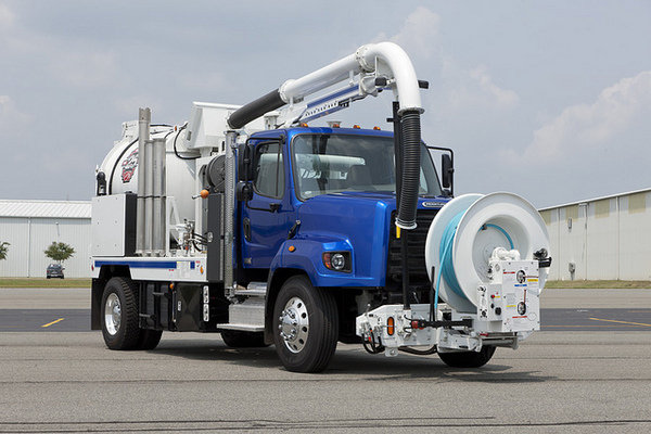 2009 freightliner 108sd truck review top speed - Interior design jobs without a degree ...