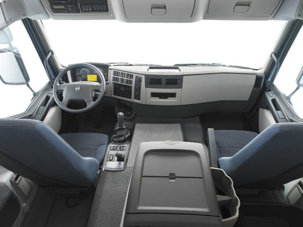 2009 Volvo FE   truck review @ Top Speed