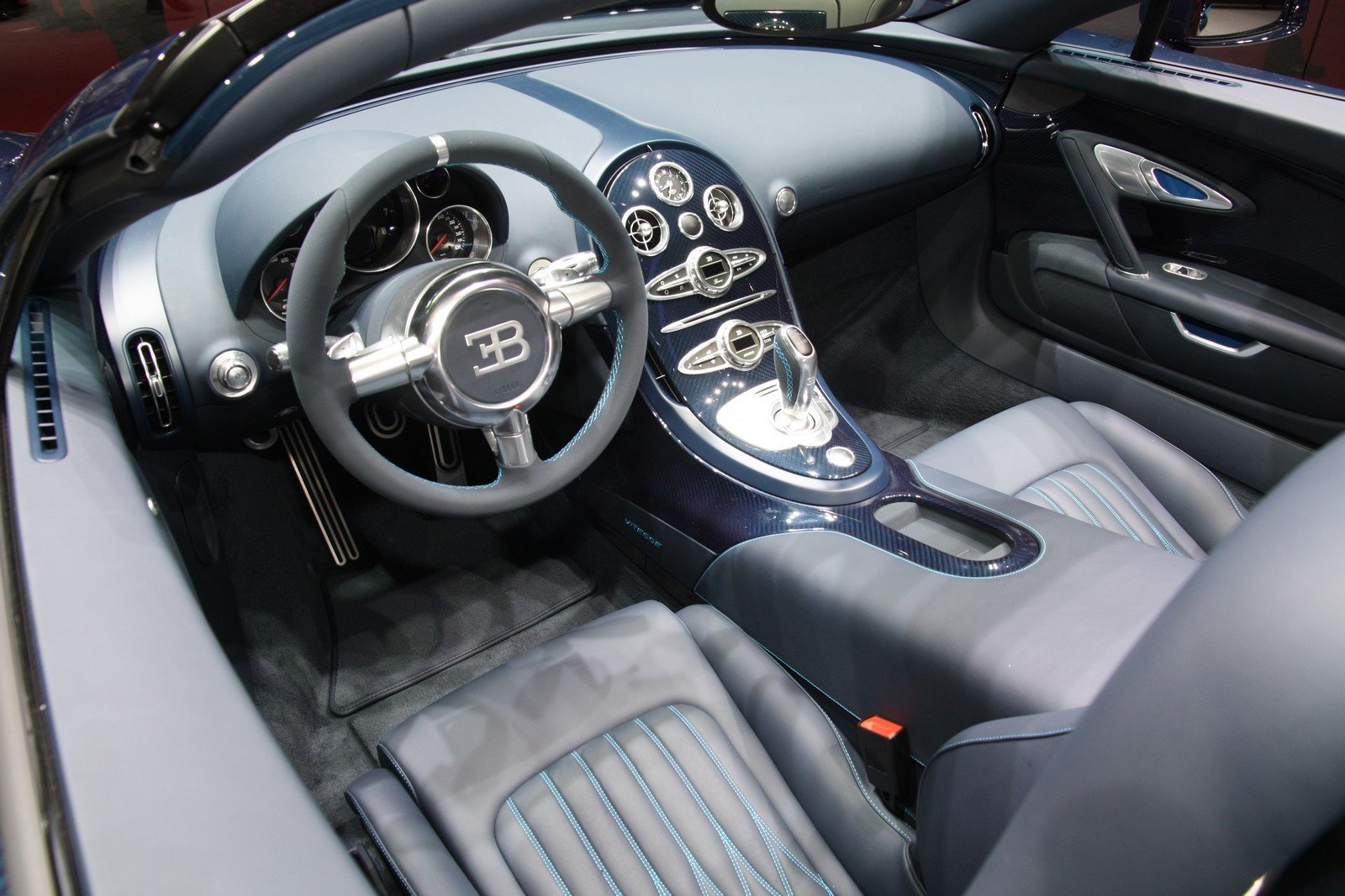 2012 bugatti veyron grand sport vitesse picture 441494. Black Bedroom Furniture Sets. Home Design Ideas