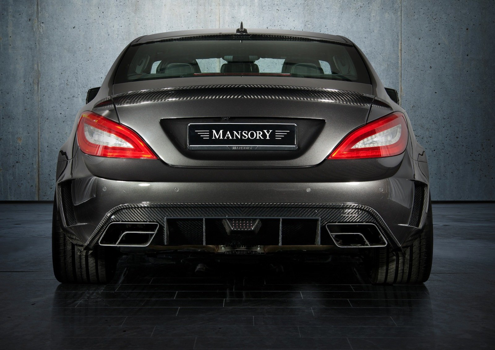http://pictures.topspeed.com/IMG/crop/201203/2012-mercedes-cls63-amg-b-2_1600x0w.jpg