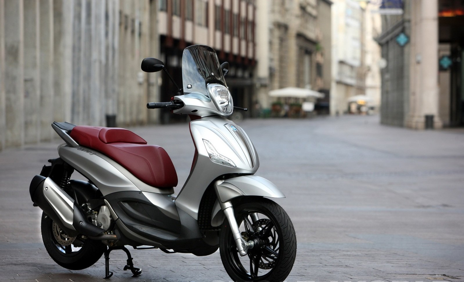 2012 Piaggio Bv 350 Review Top Speed