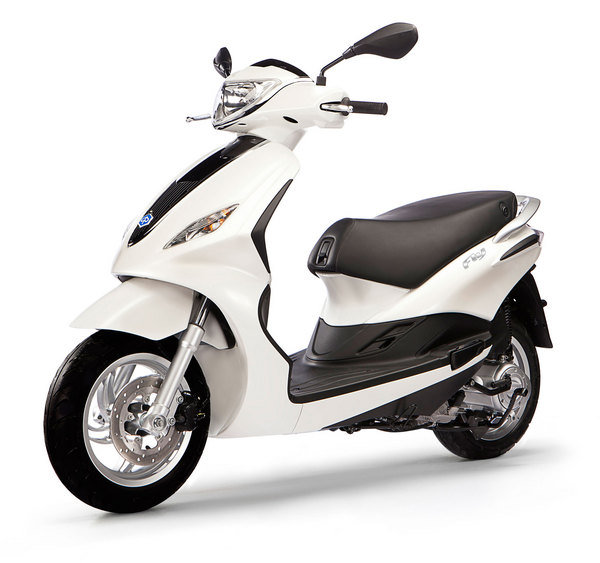 2012 piaggio fly 50 4v motorcycle review top speed. Black Bedroom Furniture Sets. Home Design Ideas
