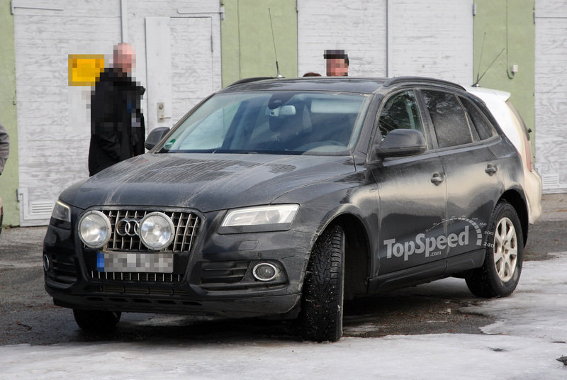 Spy Shots: Facelift Audi Q5 caught testing with minimal coverage