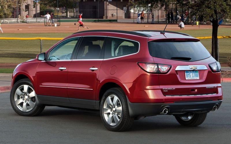 2013 - 2014 Chevrolet Traverse High Resolution Exterior - image 445829