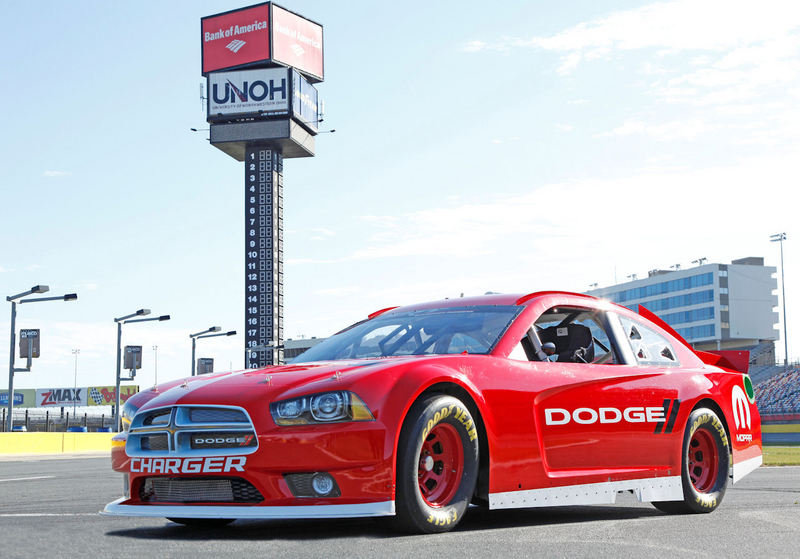 2013 Dodge Charger NASCAR High Resolution Exterior - image 442997