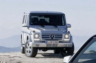2013 Mercedes G-Class makes a cameo in GLK picture gallery