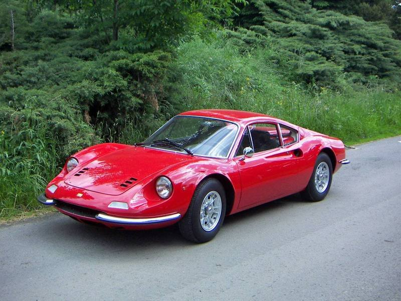 Breaking: New Ferrari Dino to be launched in Paris