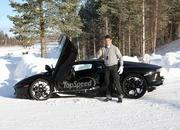 Car crash: Lamborghini Aventador lost it on the snow - image 440511