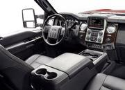 2013 Ford F-Series Super Duty Platinum - image 442474