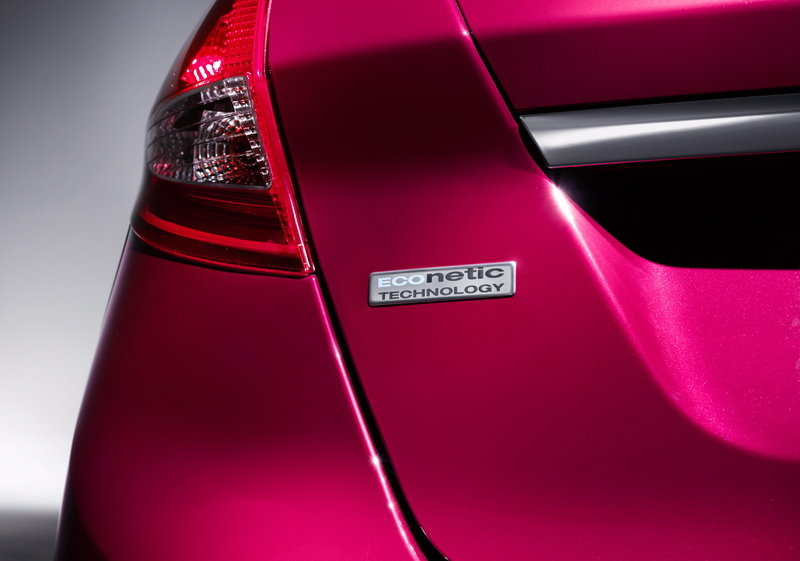2013 Ford Fiesta ECOnetic Emblems and Logo Exterior - image 445537
