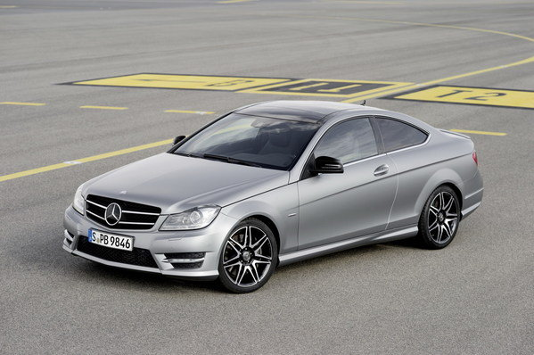 2013 mercedes c class coupe sport car review top speed. Black Bedroom Furniture Sets. Home Design Ideas