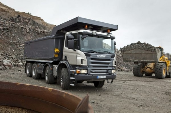 6. Scania Seri P Tipper