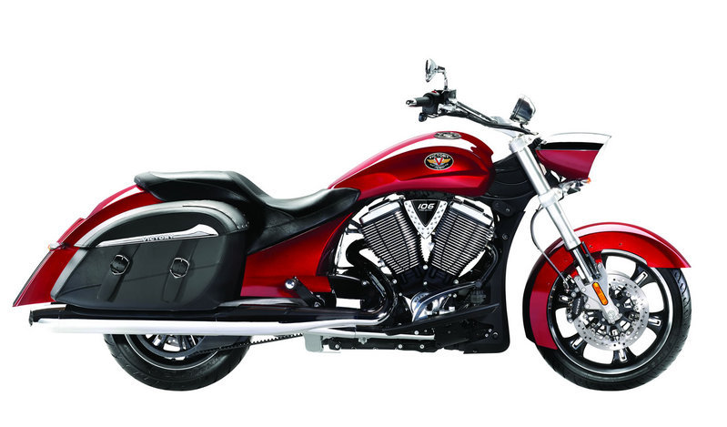 2012 Victory Cross Roads Hard Bagger