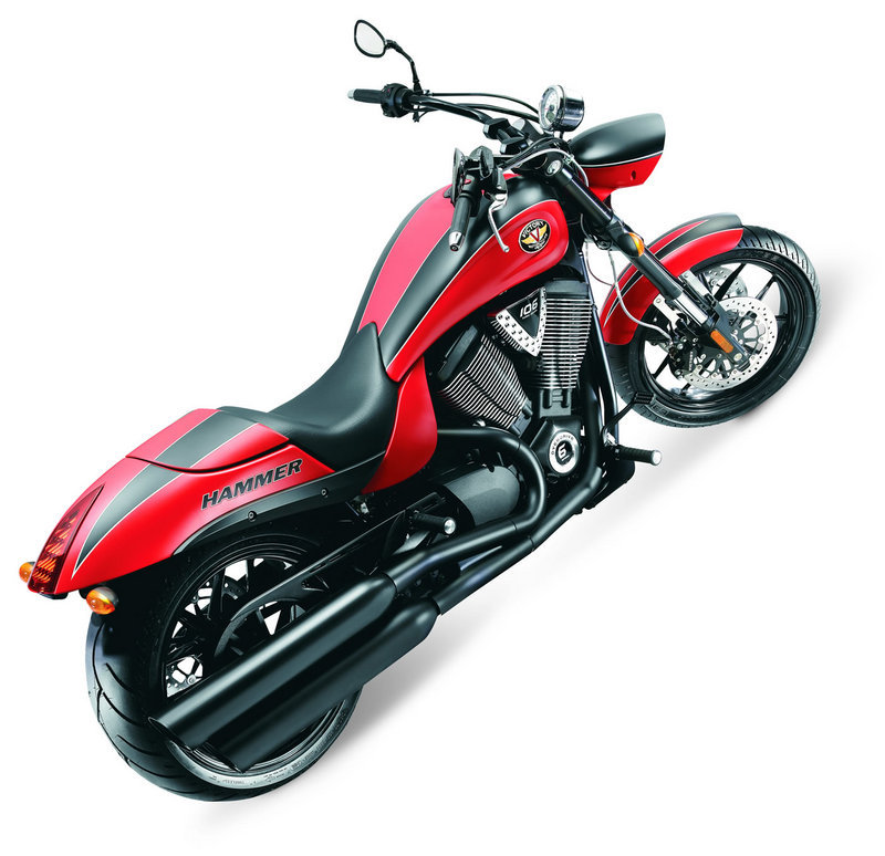 2012 Victory Hammer S Review - Top Speed