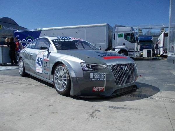 audi rs5 superstars series race car picture